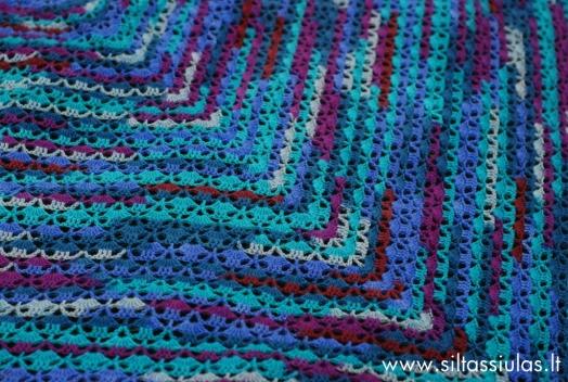 Nerta skara, Siūlai Hjertegarn Strompegarn Magic, 7750 spalva